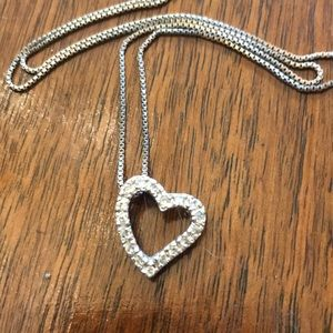 Jewelry - Silver Heart Rhinestone Pendent necklace
